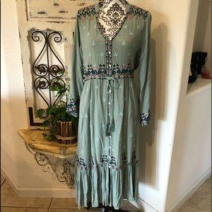 Soft surroundings dusty green boho gypsy dress